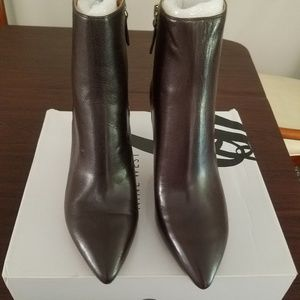 Nine West Dk brown sz 9 leather bootie